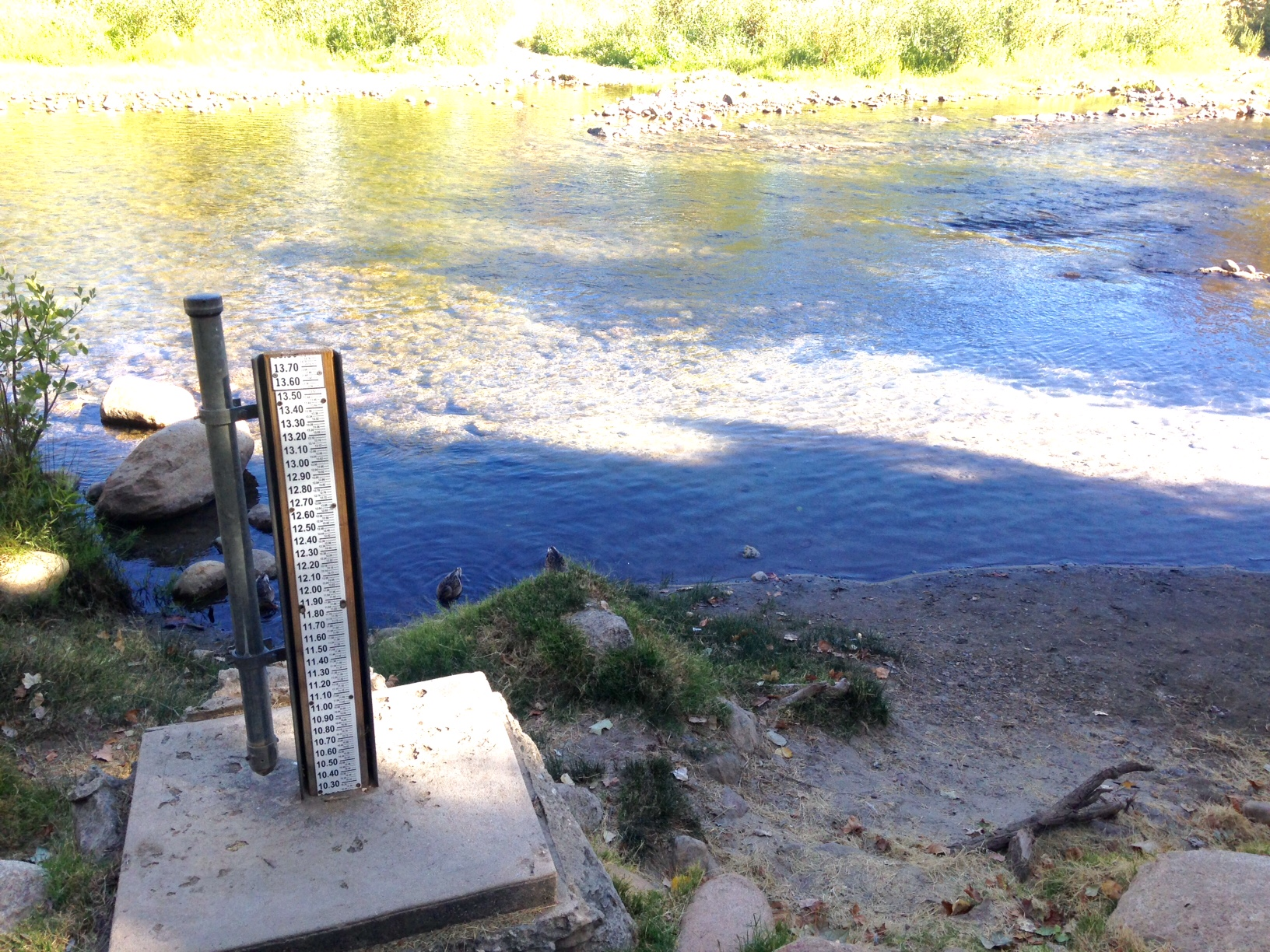 Water level of Kern River September 2016.